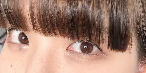 JILL STUART ワンデー UV フローラルピンク レンズ